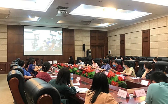 天津电子信息职业技术学院召开思政教师队伍建设座谈会暨学期总结大会